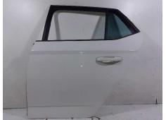 Recambio de puerta trasera izquierda para skoda fabia monte carlo referencia OEM IAM 6V6833051A