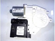 Recambio de motor elevalunas delantero derecho para volkswagen caddy ocio 2.0 tdi referencia OEM IAM 2K5959792 5K0959702