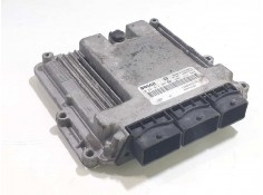 Recambio de centralita motor uce para renault trafic caja cerrada (ab 4.01) doble cabina l1h1  2,7t referencia OEM IAM 820066651